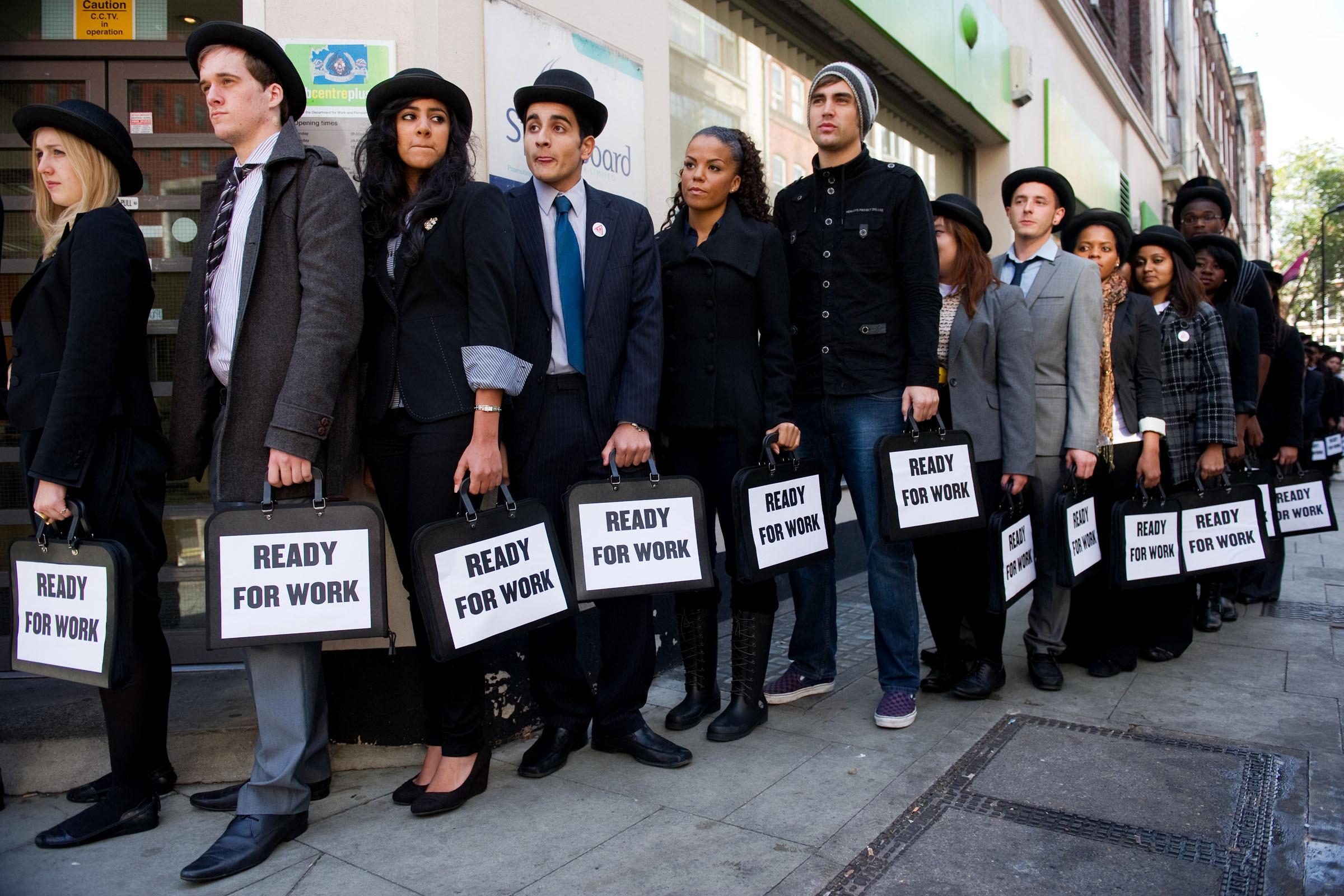 ABD'de haftalık işsizlik başvuruları tahminlerden iyi geldi