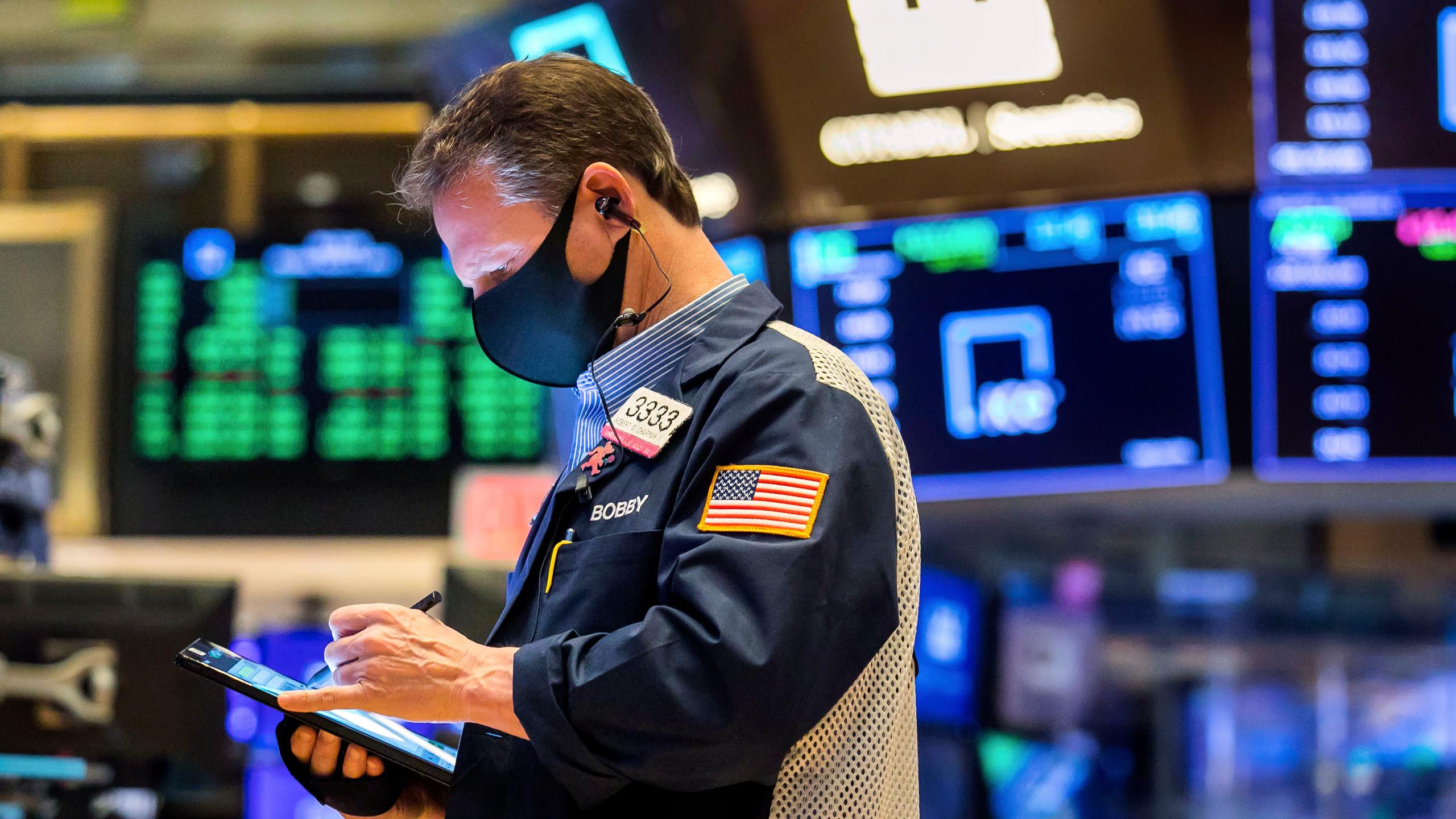 ABD borsaları açılışta karışık seyretti