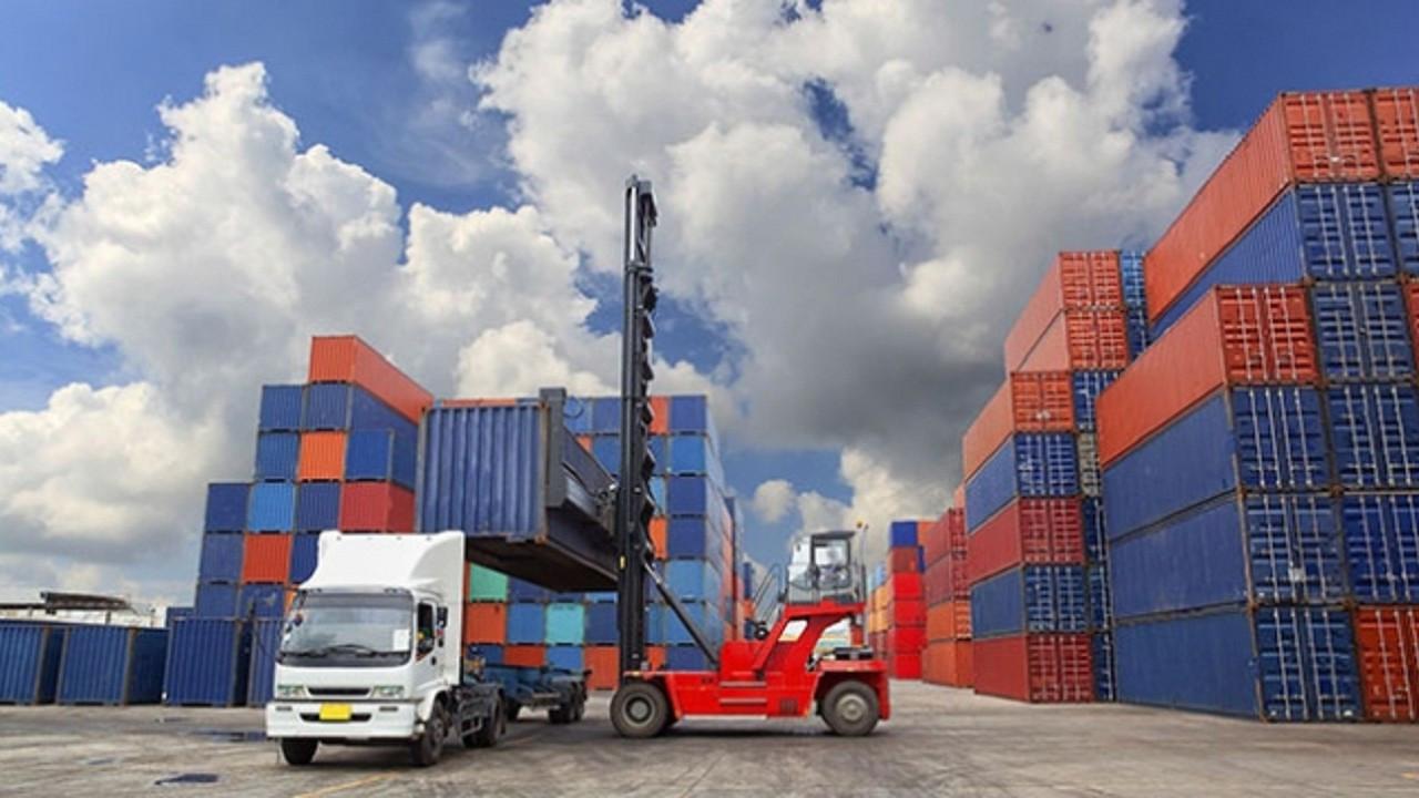 Almanya'nın AB dışına ihracatı nisan ayında yüzde 35,6 arttı