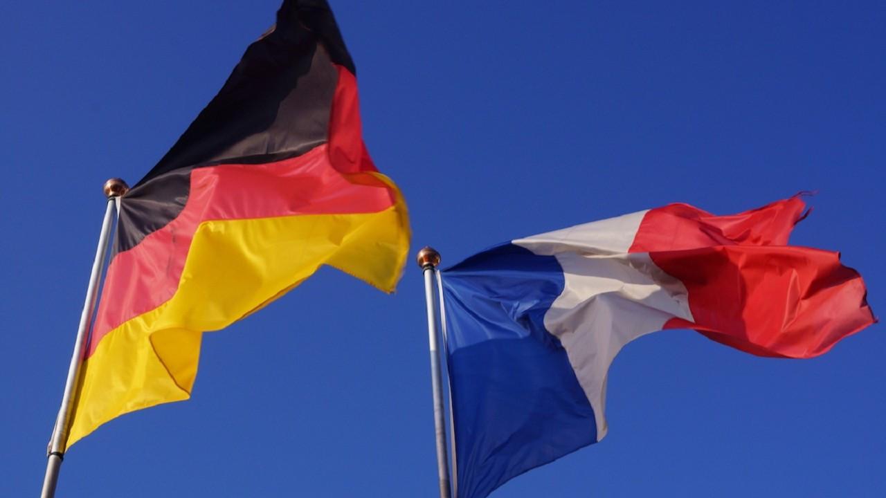 Fransa'da ekonomi toparlanıyor, Almanya'da imalat sektörü zorlanıyor