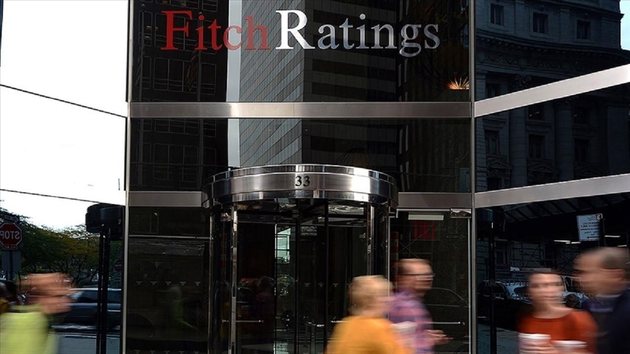 Fitch: Türk şirketlerinin döviz kuru riskleri azaldı