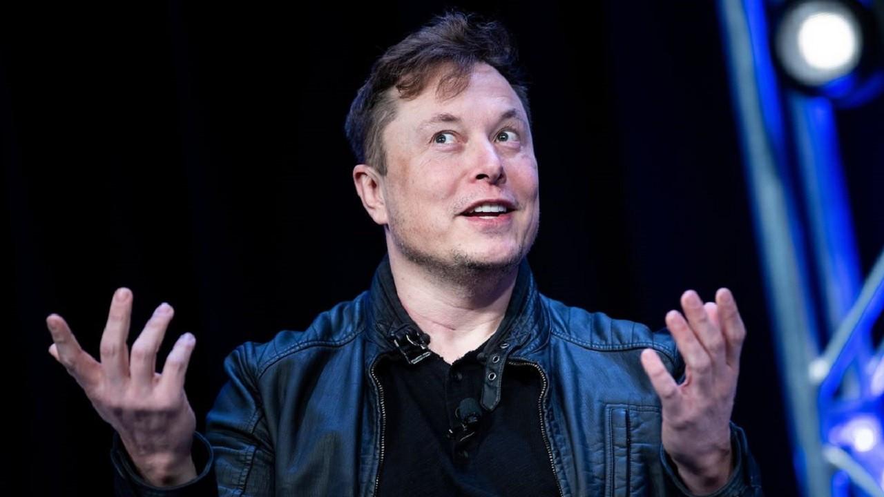 Elon Musk kuzeydeki Floki-Inu rotasını takip ediyor