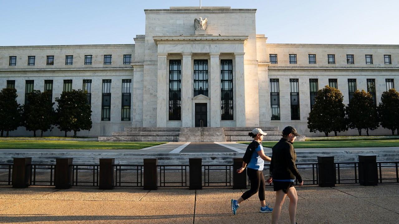 Fed/Mester: Faiz artırımı yakın değil