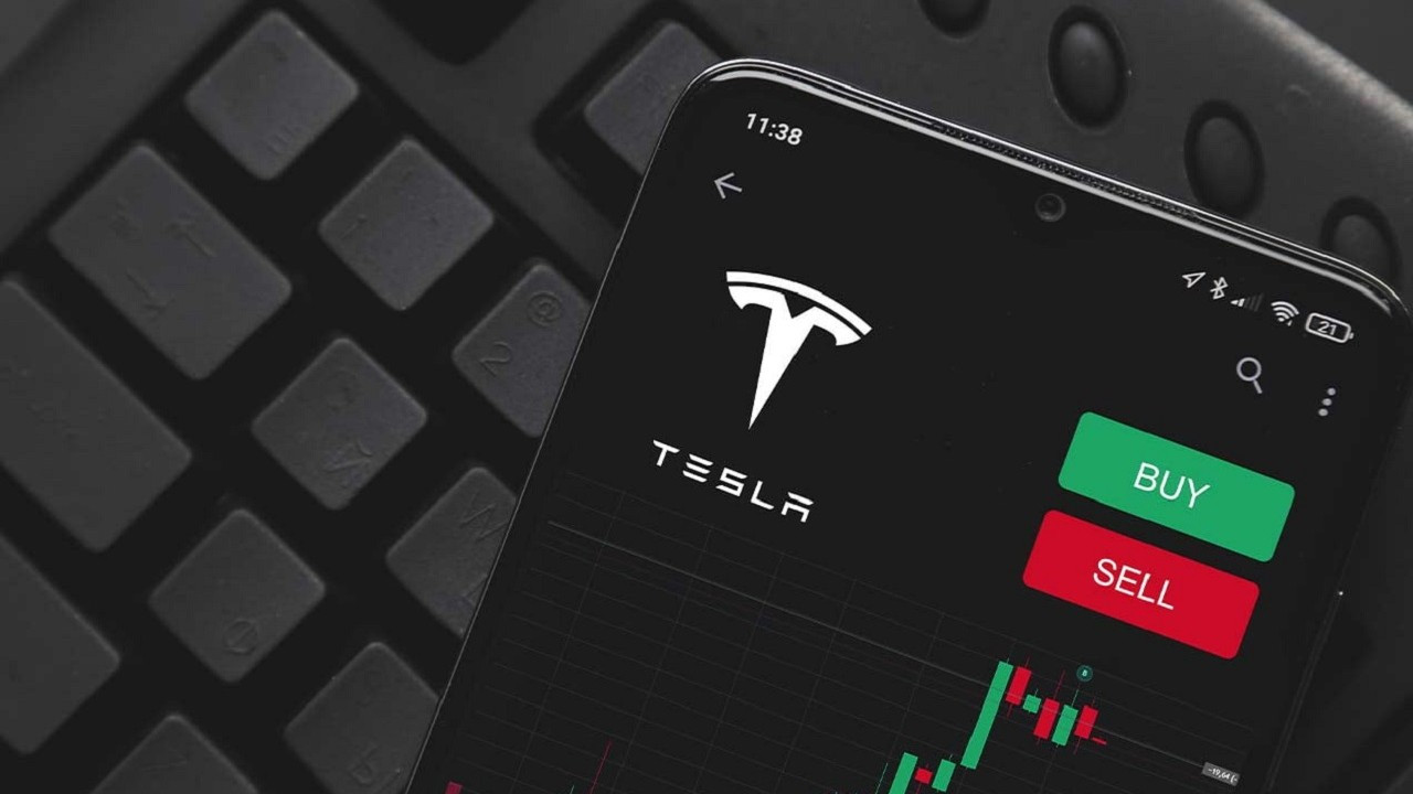 Çin'de artan Tesla satışları, şirket hisselerini yükseltti
